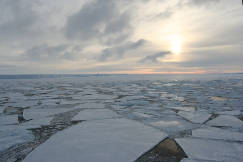 Floating ice, Unkown, Antarctica_unknown.JPG