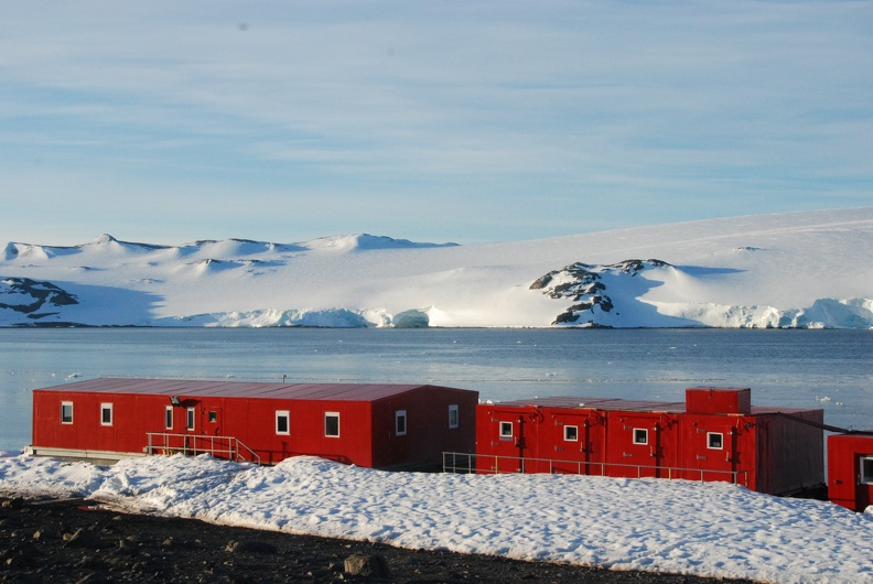 Carlini Base of Argentinna, King George Island, Antarctica, 2016_credit Diana Varela, University of Victoria.jpg