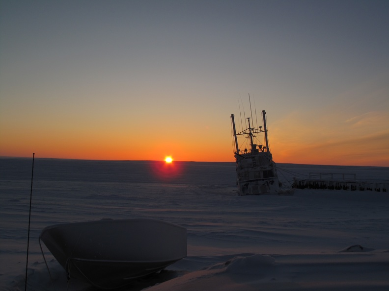 Sun on horizon, Cambridge Bay, Nunavut, Jan 2018_credit Alain Leclair, POLAR.jpg