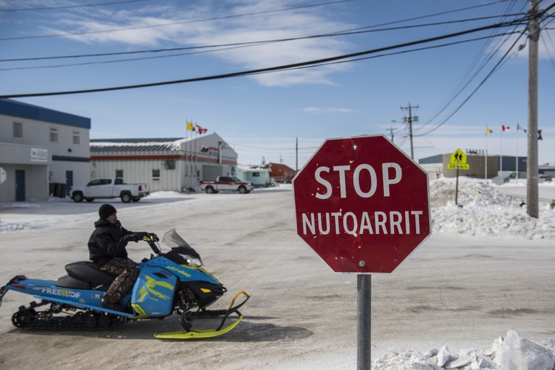 Street view, Cambridge Bay, Nunavut,2018_credit Alex Fradkin.JPG