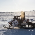 Man on snowmobile / Homme en motoneige